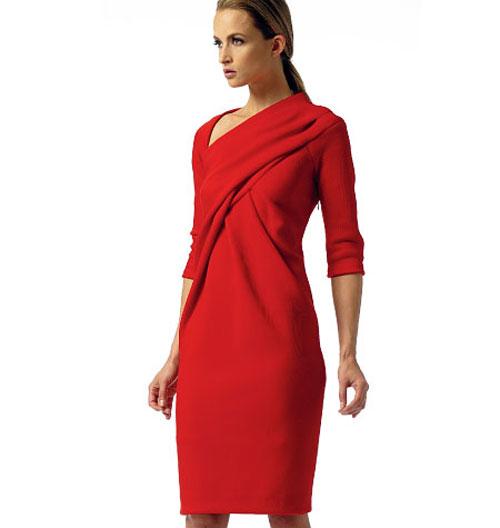 вечернее платье с длинным рукавом и открытой спиной